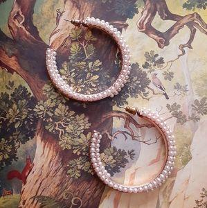 Pearly Semi-Hoop Earrings
